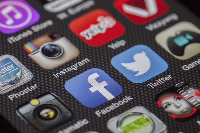 Twitter cambia pelle: importanti cambiamenti estetici per il social.