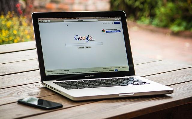 Nuovo record per Google: due miliardi e mezzo di euro di multa